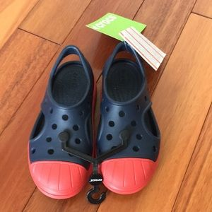 Other - Crocs shoes